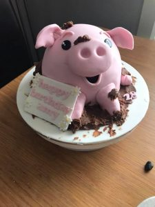 Piglet cake - birthday cake - chocolate mud - cake creation - blacks creative cupcakes - cake maker