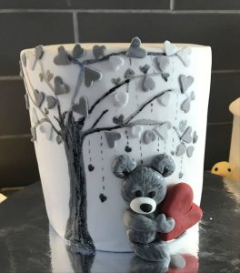 love cake - teddy bear - love hearts - hand painted - cake maker - berwick upon tweed