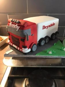 Wagon cake - blacks creative cakes - berwick upon tweed