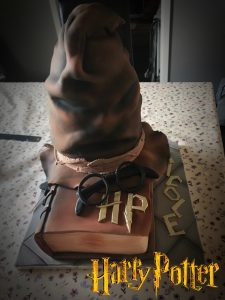 Harry Potter Cake with Sorting Hat - Cake Makers in Berwick upon Tweed
